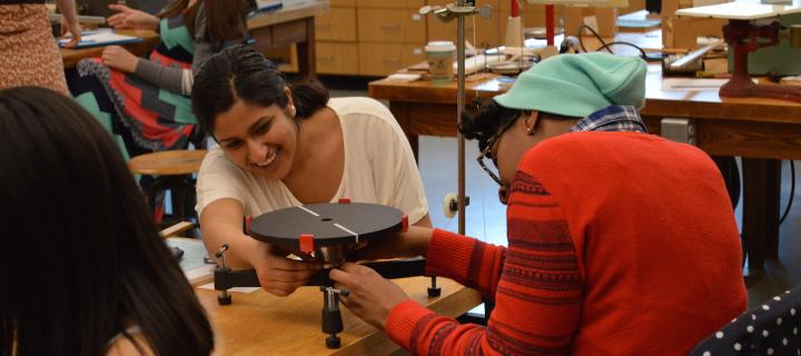 students in physics laboratory