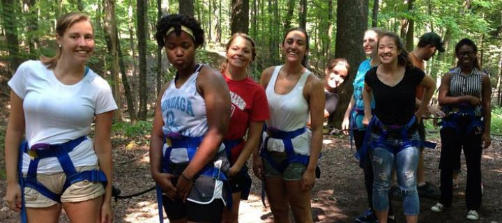 Resident Assistants and Orientation Leaders on a ropes course