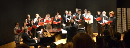 photo of the concert choir in barler hall