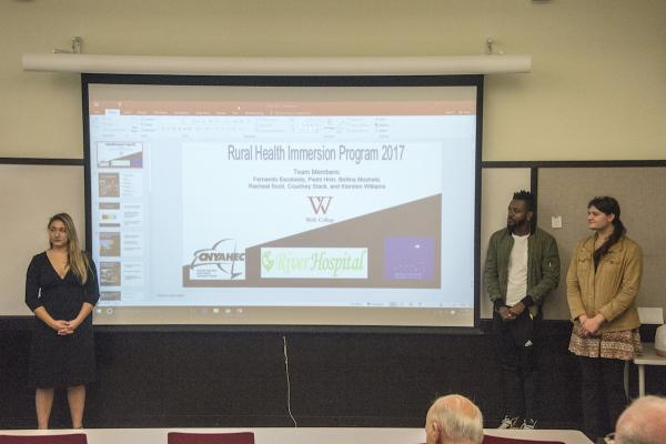 Students with Rural Health Immersion Presentation