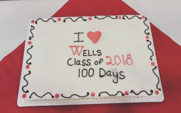 photo of cake that says i heart wells class of 2018 100 days