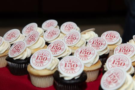 festive 150th anniversary cupcakes