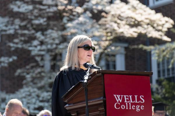 Board of Trustees Chair Carrie Bolton '92 welcomes the crowd