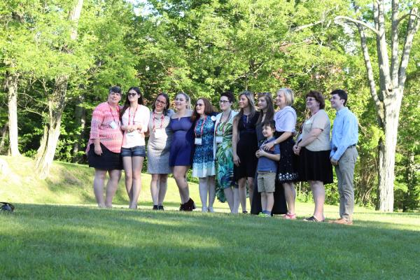 alumnae and families outdoors